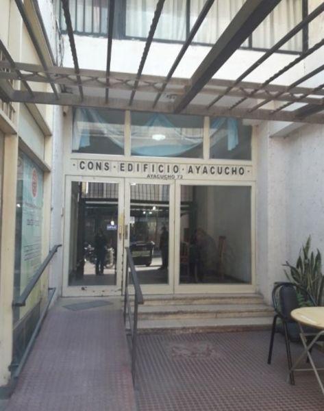 ALQUILA OFICINA COMERCIAL A MTS DE TRIBUNALES